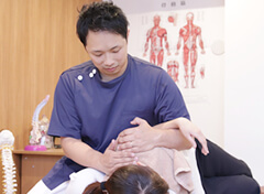 肩・腰・関節の専門施術の写真